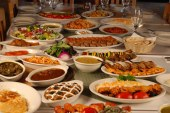 What to Expect to Eat in Iranian Restaurants during Your Visit of Iran