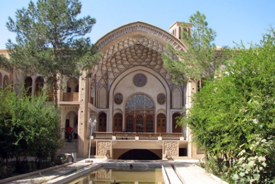 Explore Historical Houses of Kashan during Your Visit to Iran