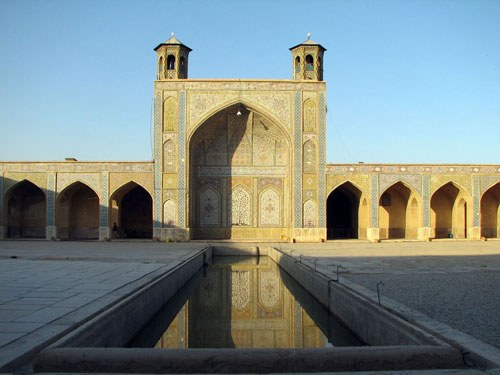 Courtyard of Vakil Mosque, Zand Dynasty