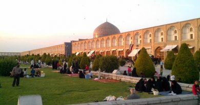 People on Picnic in Esfahan's Imam quare