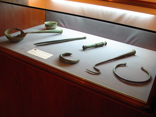 bronze objects from Khorvin