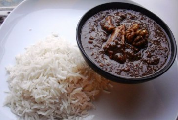 Cook Khoresht Fesenjan, A Delicious Persian Dish