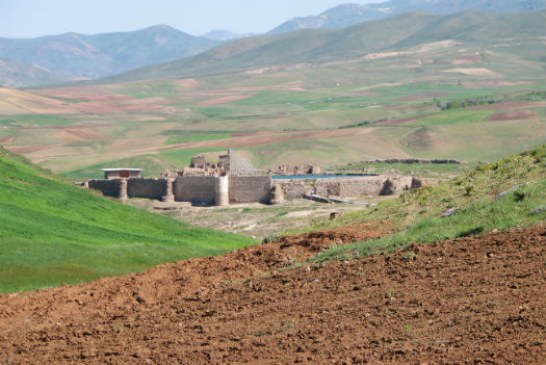 Visit Takht-e Soleyman, an Amazing Iranian Archaeological Site