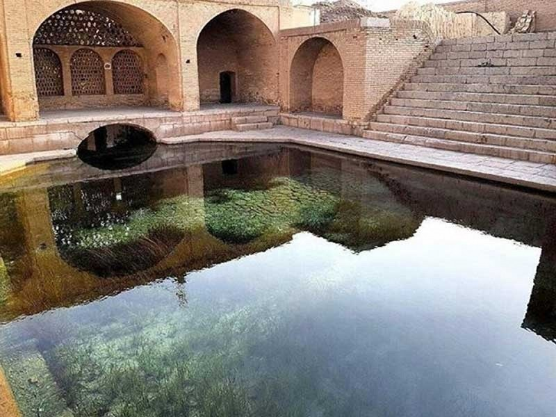 Sulaymaniyah Fountain at Axis of Fin Sialk Kashan