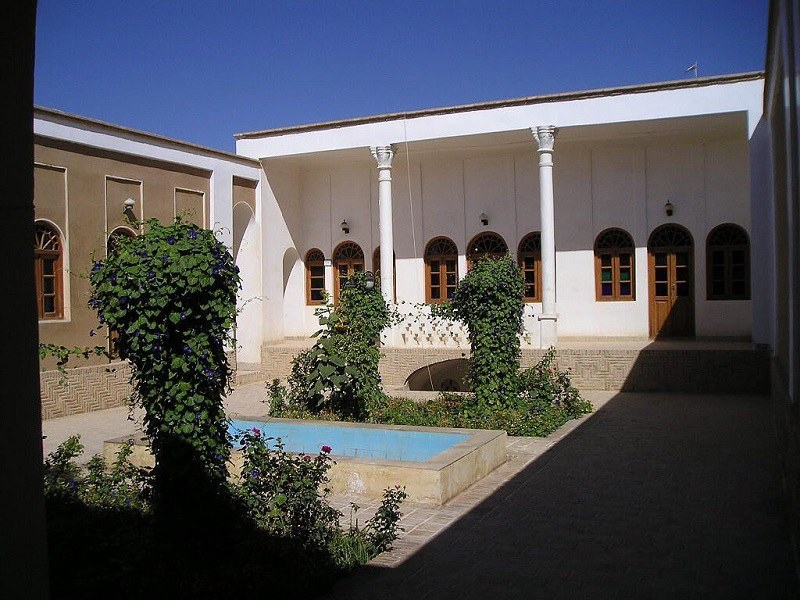 Inside the courtyard of Lotfi House in Damghan
