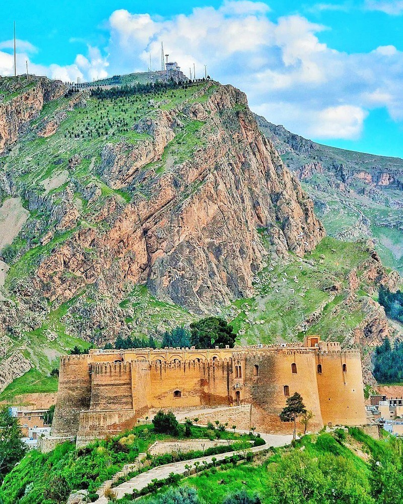 Khorramabad Tourist Attractions: Falak-ol Aflak Castle