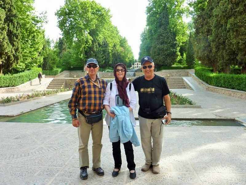 Iranian Tour Guides on Destination Iran Tour Packages