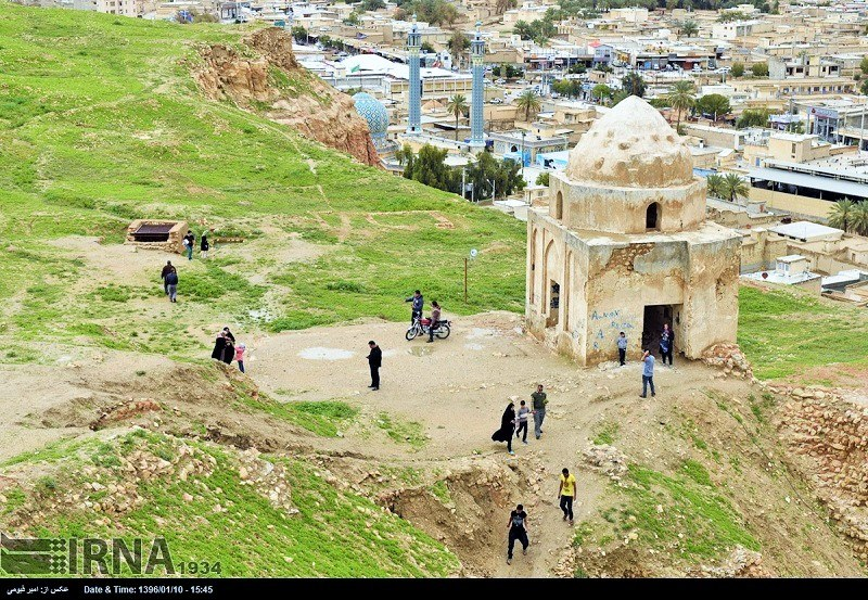 Lar Historical Attractions: Tomb of Nader Shah's Mother